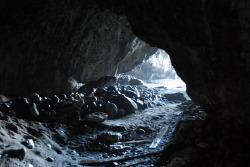 081115_1156五孔洞穴.jpg